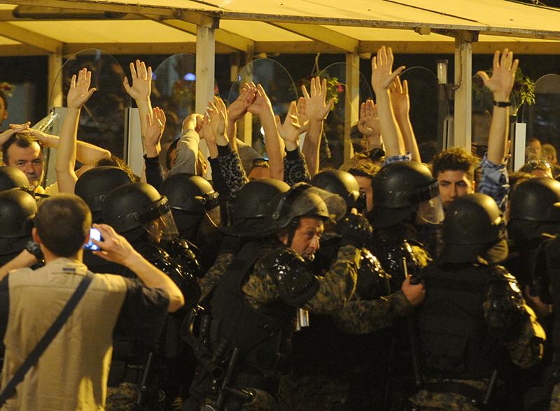 protest protiv ivanov (8)