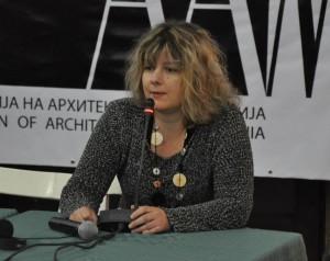 """""""Оправдувањата на дел од колегите дека изработување на основен проект не значи и авторство на делото, до некаде се точни, но значи дека си соучесник во уништувањето на градот"""", велат од Асоцијацијата на архитекти на Македонија, претседателката Сања Раѓеновиќ"""