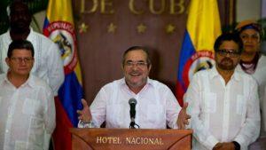 Лидерот на Фарк Родриго Лондоно, познат како Тимолеон Хименез или Тимоченко, вчера го најави почетокот на примирјето во Хавана