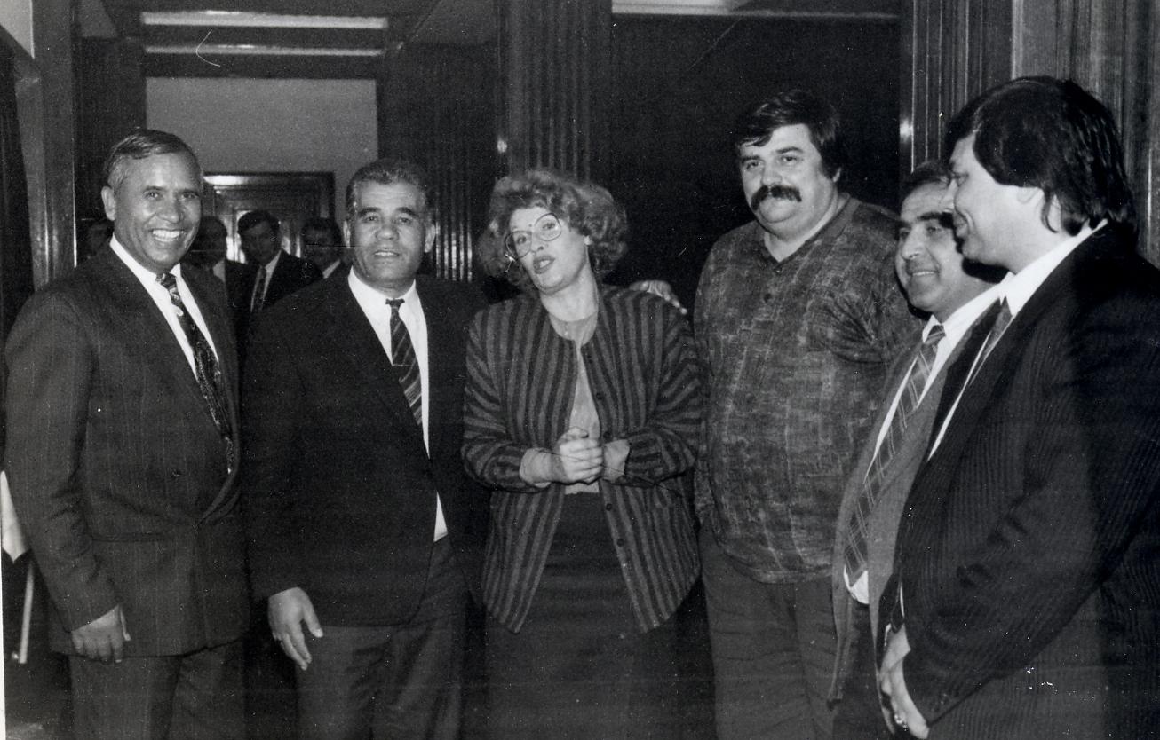 Ана Пановска со пратеници во Собранието на Македонија (од приватната архива на Пановска)