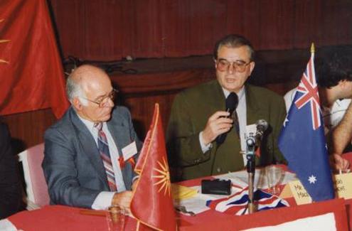 Трпеноски беше единственикот пратеник од Македонија на првиот Семакедонски конгрес во Перт, Австралија, на 7 мај, 1993