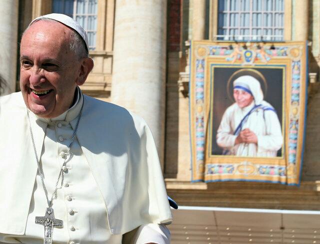 Папата Фрањо го призна второто чудо во 2015 година, кое вклучуваше излекување на Бразилец со тумор