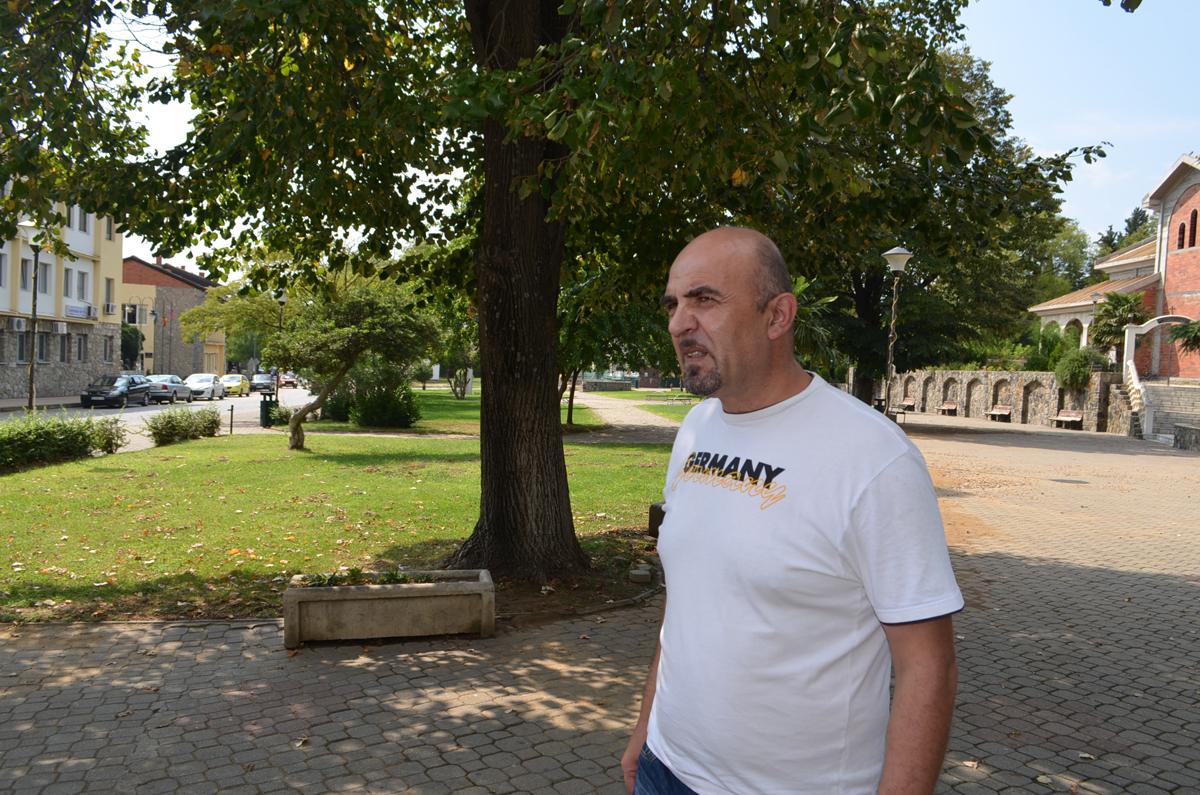Страшо Олумчев во 2009 основаше доброволно противпожарно друштво, но сегашната локална гарнитура на Богданци со доаѓањето на власт во 2013 ги секна парите, па единицата мораше да се распушти (Фото: СДК.МК)