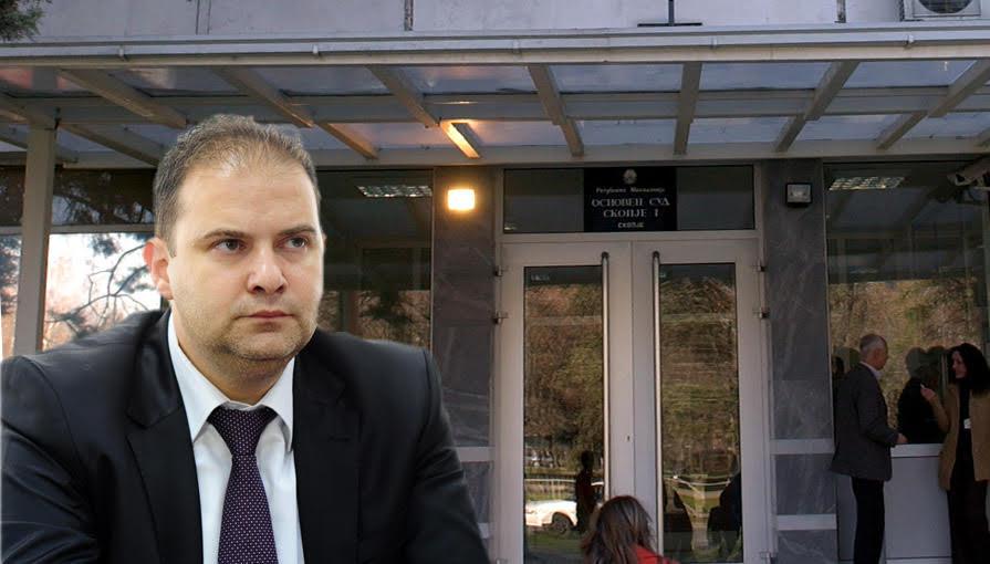 """""""Оваа вонредна седница на Судскиот совет е само со една цел. Како да се поправи ситуацијата со слабата оценка на сегашниот претседател на Кривичниот суд Владимир Панчевски. На него последната оценка му е тројка"""", велат судиите што поднесоа претставка против Панчевски (Фото: СДК.МК)"""