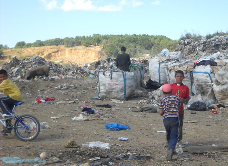 """Регионалната депонија """"Шапкар"""" кај Добрашинци требаше да ги затвори сите депонии во југоистокот, но се изјалови договорот со австриската """"АСА"""" (Фото: СДК.МК)"""