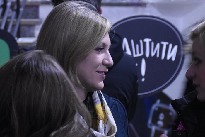 На промоцијата дојде и специјалната обвинителка Ленче Ристоска. (Фото: СДК.МК)