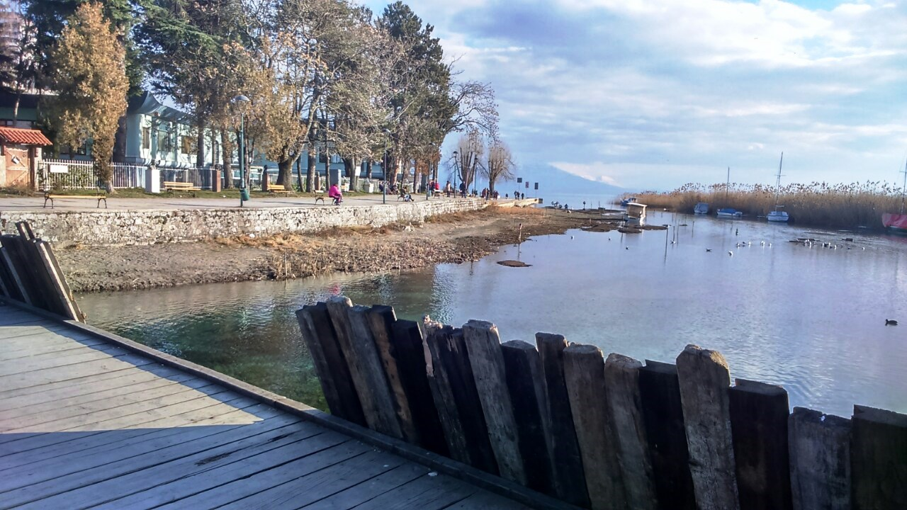 Нивото на Охридското Езеро е под законско дозволена кота Фото:(СДК.МК)