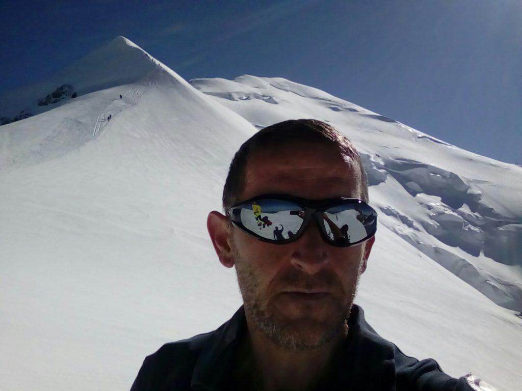 На битолскиот планинар Влатко Крбалески и денот и годината му започнуваат со Пелистер (Фото: од архивата на Крбалески)