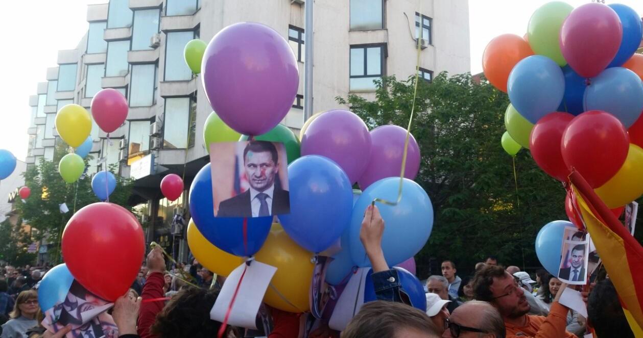 ВМРО-ДПМНЕ ЈА ПОЧНА ИЗБОРНАТА КАМПАЊА САМА ПРОТИВ СЕБЕ