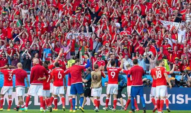 СО НАГРАДАТА ОД УЕФА, ВЕЛС МОЖЕ ДА ГО ПЛАЌА СЕЛЕКТОРОТ ВО НАРЕДНИТЕ 30 ГОДИНИ