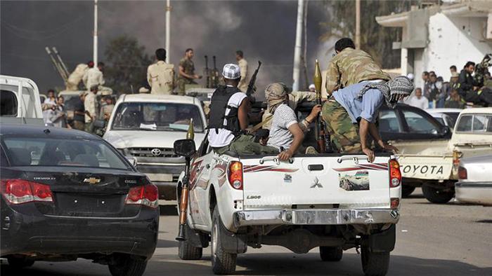 20 МРТВИ И 50 РАНЕТИ ВО СУДИР ПОРАДИ МАЈМУН ВО ЛИБИЈА