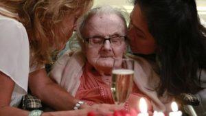 Британската новинарка ги помина последните четири децении во Хонг Конг, каде и го прослави 105. роденден минатиот октомври.