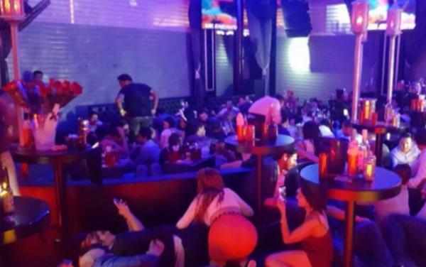 НАЈМАЛКУ 4 ЗАГИНАТИ И 12 ПОВРЕДЕНИ ПО ПУКАЊЕ НА МУЗИЧКИ ФЕСТИВАЛ ВО МЕКСИКО