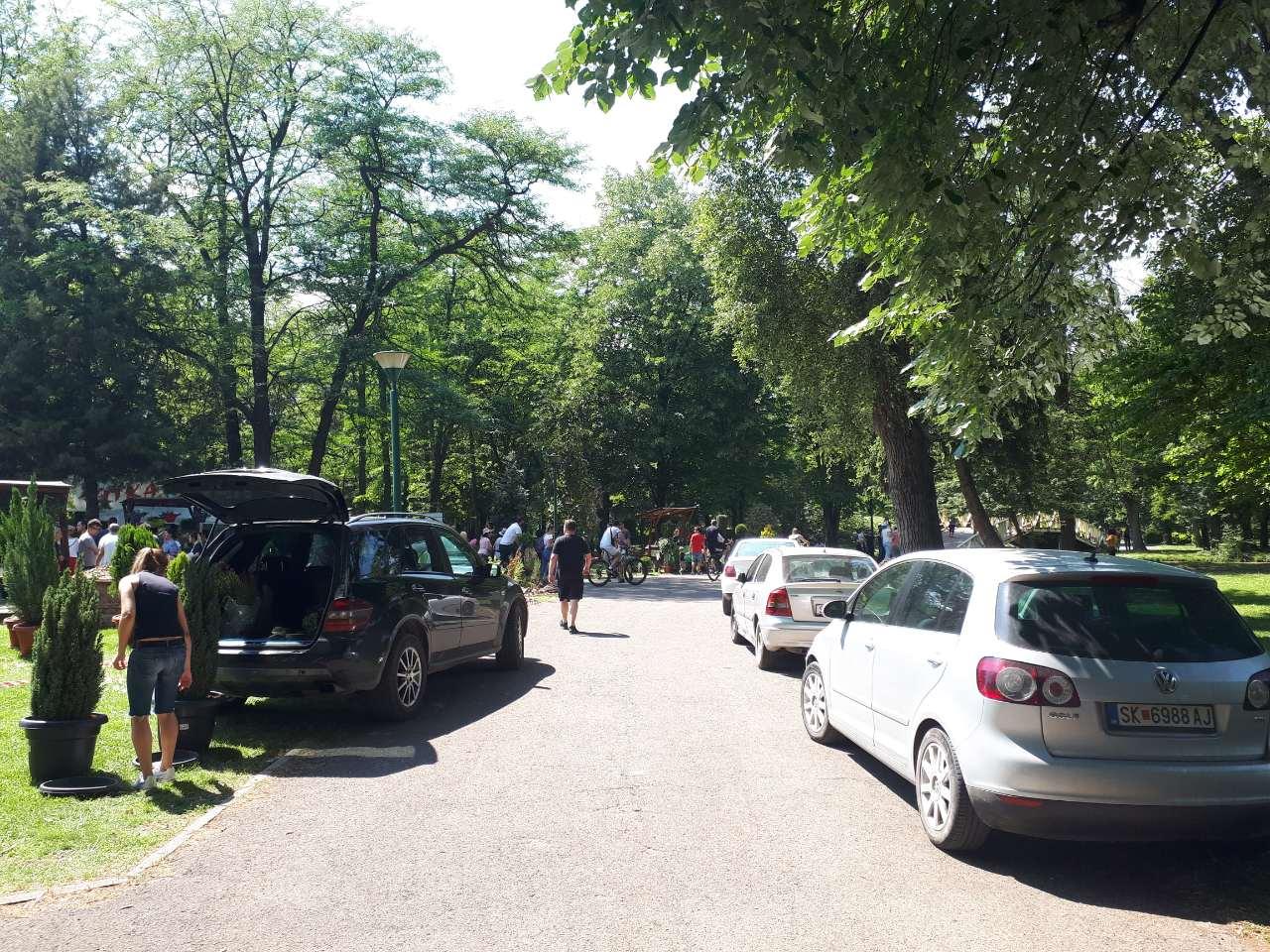 Град Скопје, скопски општини и градоначелници - Page 4 Koli-vo-park